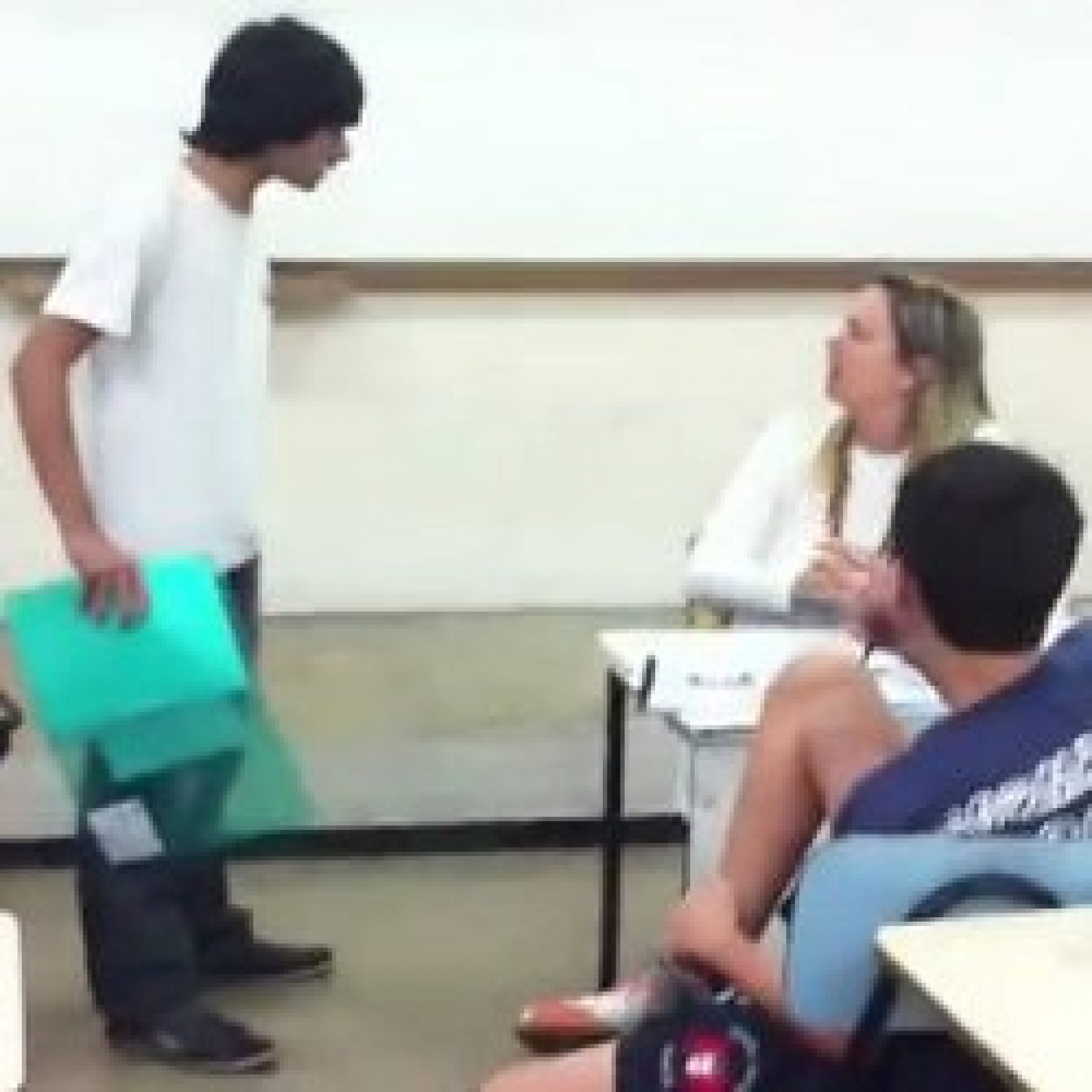 Aluno ameaça professora porque queria saber nota que tirou na prova