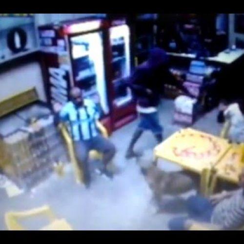 Dois menores são detidos e um maior é preso após assaltarem bar na cidade de Colina