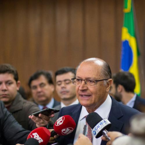 Alckmin lança parcelamento de IPVA e ICMS em atraso