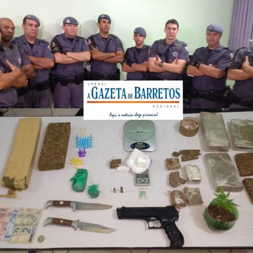 Força Tática apreende dois menores, diversos objetos, cocaína, LSD e mais de cinco quilos de maconha em chácara no bairro Arizona