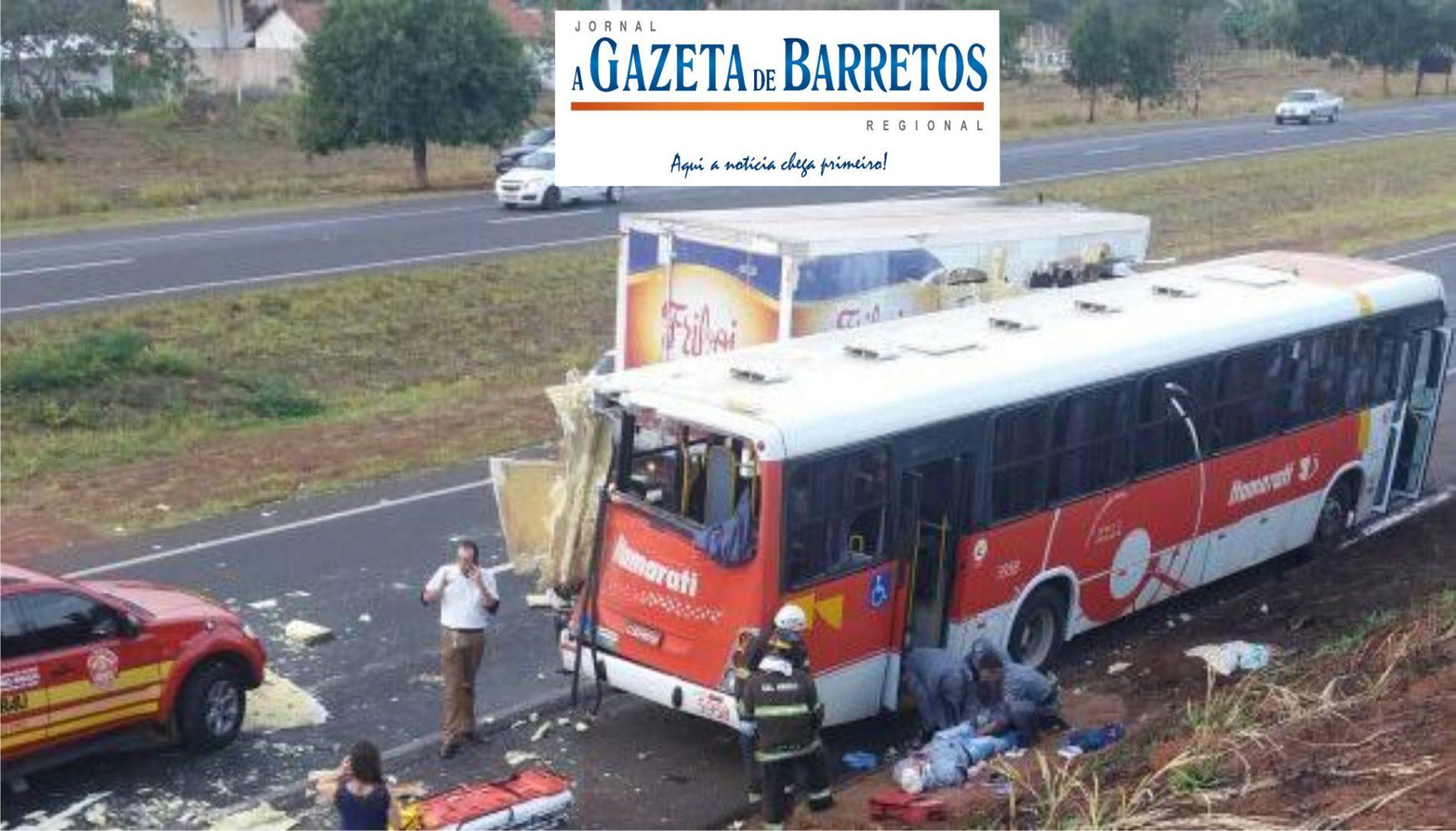 Acidente com ônibus deixa 5 feridos na Assis Chateaubriand