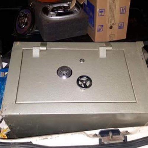 BARRETOS: Cofre furtado é encontrado na Região dos Lagos