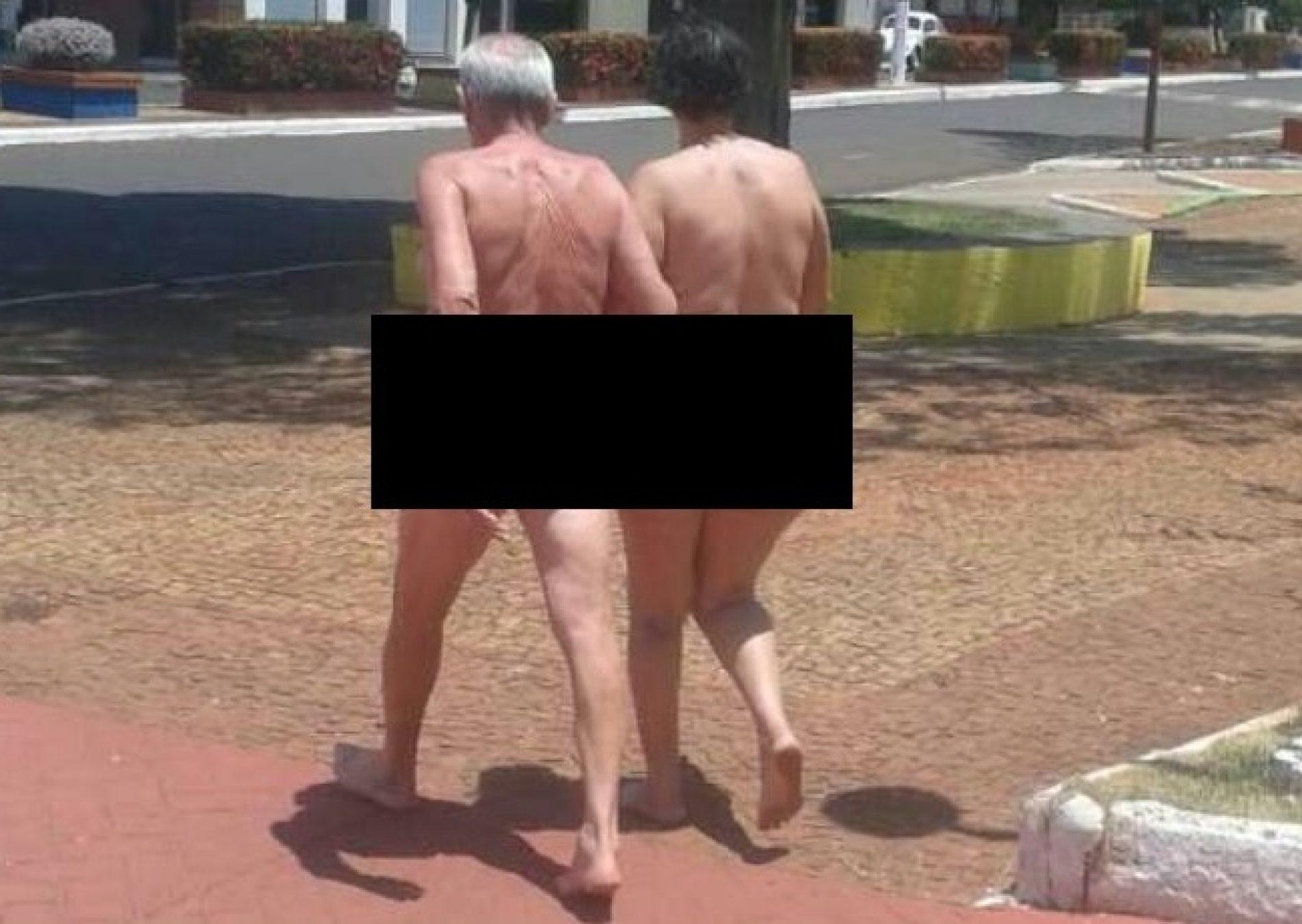 REGIÃO: Casal de idosos é flagrado nu pelas ruas