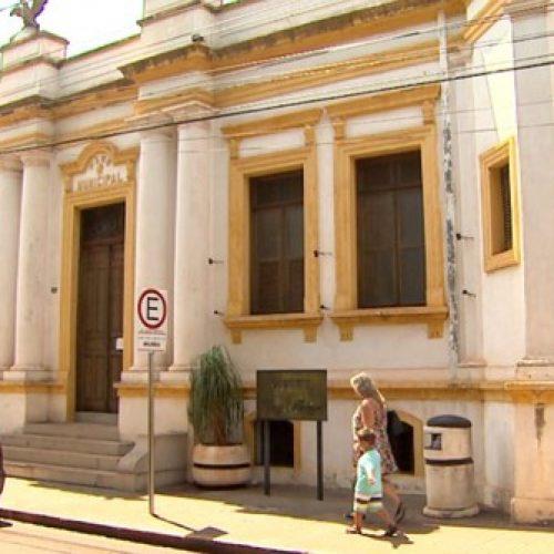 BARRETOS: Exército retira granada e morteiro no Museu Municipal Ruy Menezes
