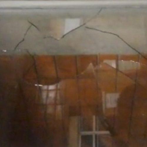 VANDALISMO: Aluno causa correria ao depredar faculdade com taco de beisebol em São Paulo