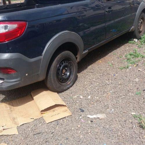 BARRETOS: Carro utilizado em diversos furtos em residências foi apreendido por policiais civis