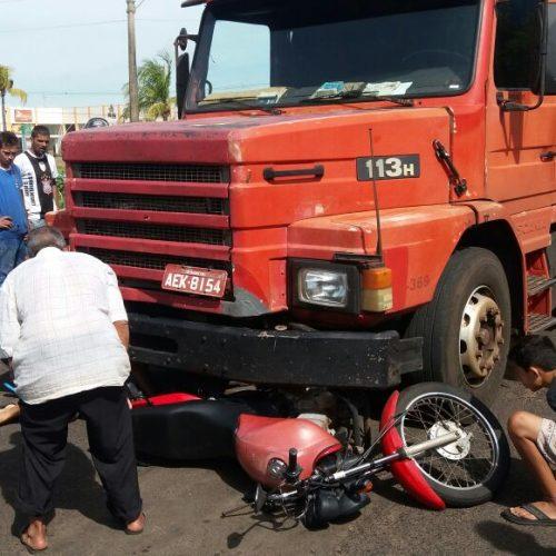 BARRETOS: Acidente com vitima em estado grave na Av. dos Coqueiros