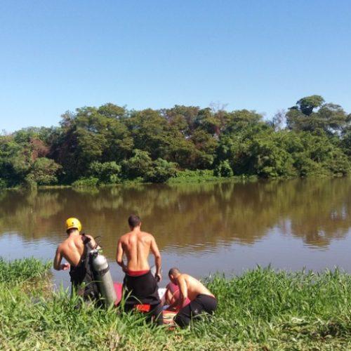 REGIÃO: Bombeiros fazem buscas por adolescente desaparecido no rio Pardo