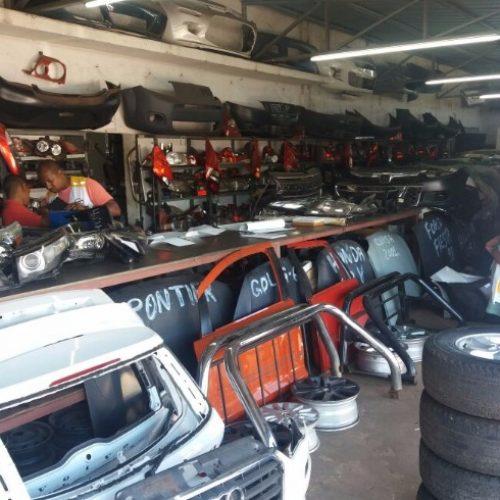 REGIÃO: Detran e PM interditam 10 desmanches