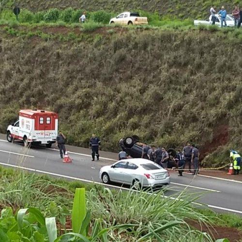 REGIÃO: Motorista morre após carro despencar de barranco com 8 m de altura em Serrana