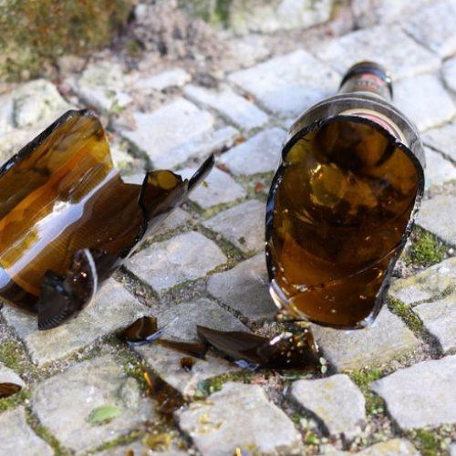 REGIONAL: Homem é acusado de ferir ex-mulher com garrafada