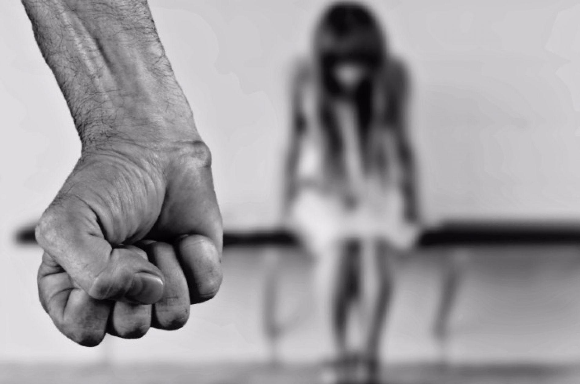BARRETOS: Operador de máquinas é preso depois de agredir mulher a cadeiradas e ferir a sogra
