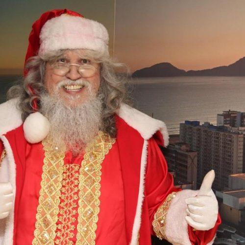 ESPÍRITO NATALINO: Internado em hospital, Papai Noel se emociona ao receber presente de Natal
