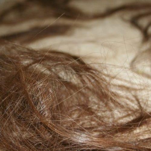 REGIÃO: Por não aceitar fim de namoro, rapaz agride e corta cabelo de ex