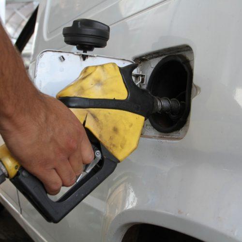 DIESEL: Petrobras anuncia queda de 0,10% no preço da gasolina e recuo de 1,40%