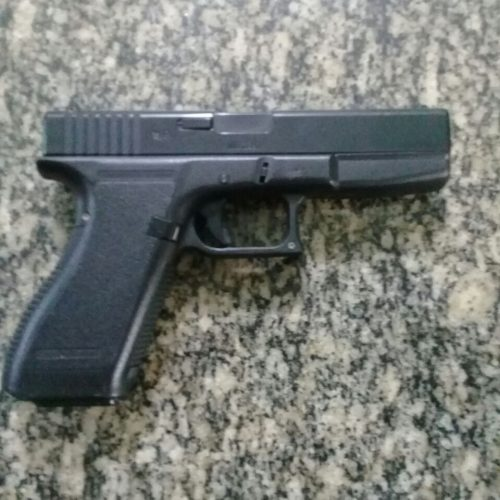 BARRETOS: Menor ameaça matar a mãe, fazendo uso de simulacro de arma de fogo