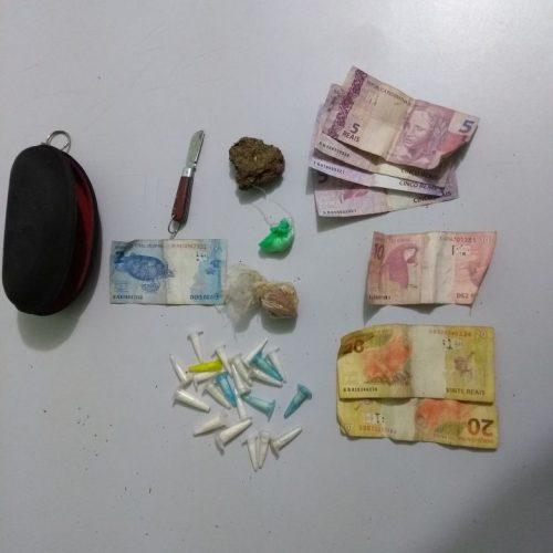 BARRETOS: Servente tenta fugir abandonando veículo no bairro Christiano Carvalho e é preso por traficar drogas