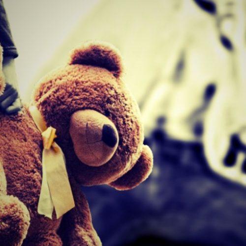 REGIÃO: Mãe denuncia suposto estupro da filha de 11 anos encontrada em 'biqueira'