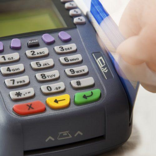 REGIÃO: Bandidos usam máquina de cartão de débito durante sequestro relâmpago em Rio Preto