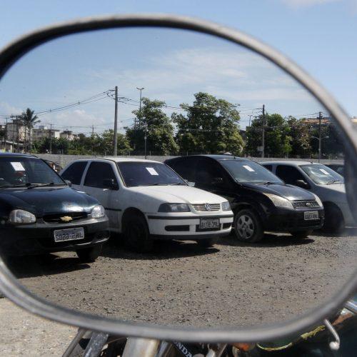 REGIÃO: Detran realiza leilão de 674 veículos em oito cidades na região de Ribeirão Preto