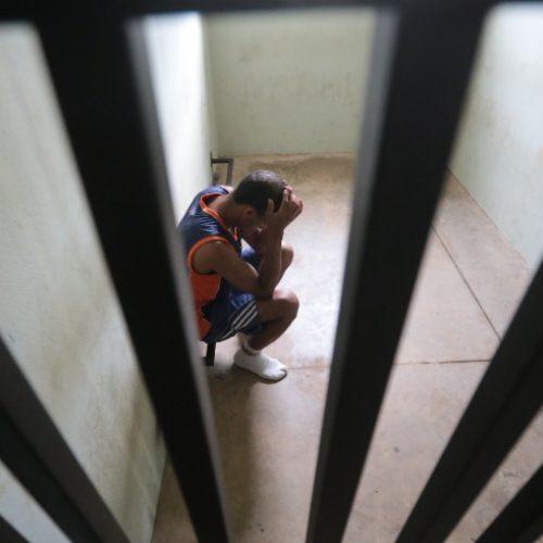REGIÃO: Homem é preso por tentativa de homicídio após atear fogo na namorada