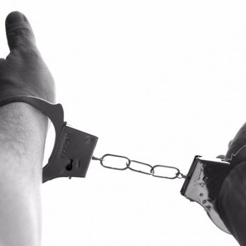 REGIÃO: Homem é preso por receptação ao ser flagrado com carro roubado