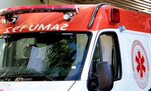 BARRETOS: Após acidente entre carro e moto no Jardim Soares, motorista foge do local
