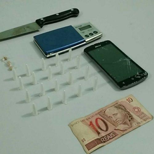 BARRETOS: Policia Militar prende indivíduo com drogas na Rua Voluntários Urbana