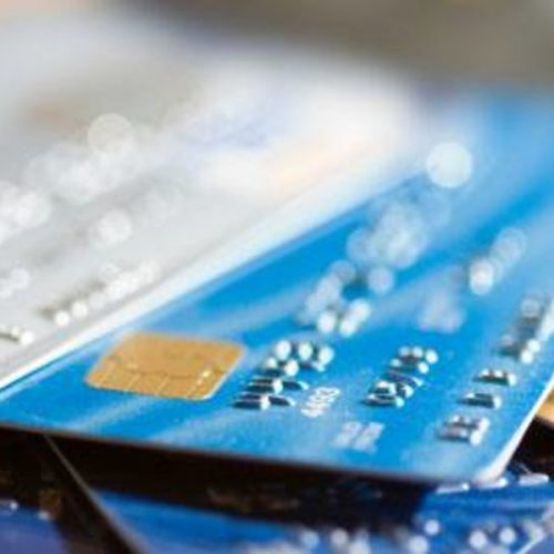 BARRETOS: Vendedora é vítima de estelionato em seu cartão de crédito