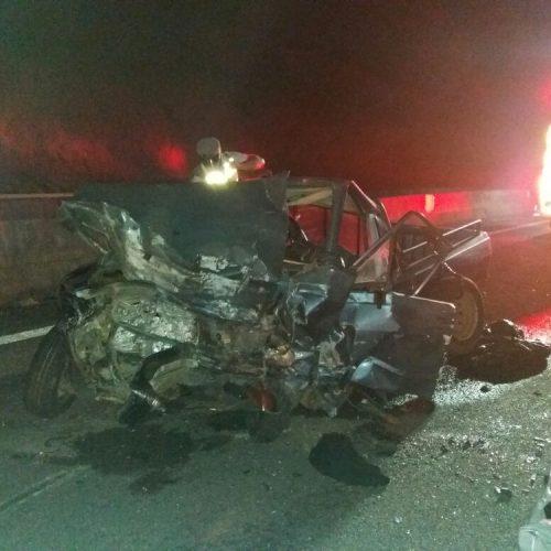 SP: Dois morrem em acidente na rodovia dos Tamoios