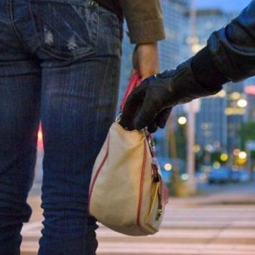 BARRETOS: Aposentada tem bolsa furtada no bairro Sumaré
