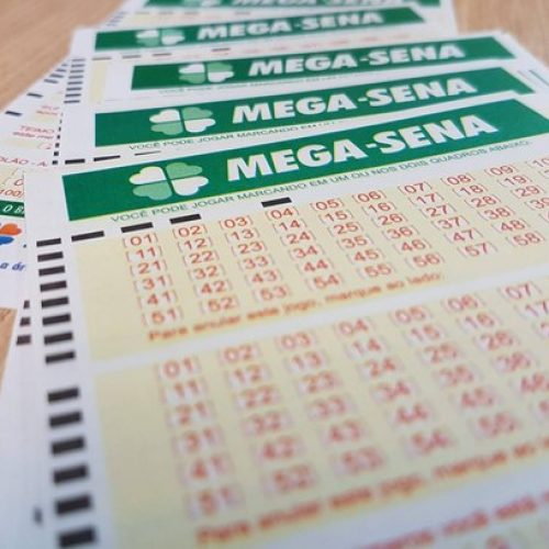 Mega-Sena acumula e pode pagar R$ 40 milhões na quarta-feira