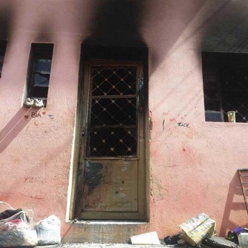 REGIÃO: Marido é acusado de espancar a mulher e atear fogo na própria casa