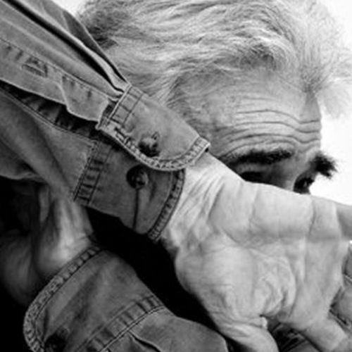 BARRETOS: Homem ofende e ameaça o pai de 69 anos no bairro Sumaré