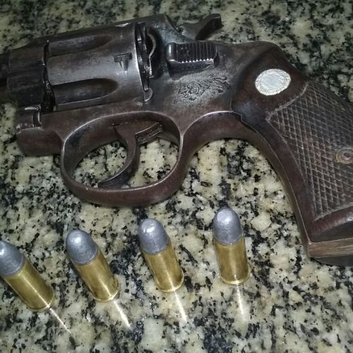 BARRETOS: Após efetuar disparos com arma de fogo, motorista é preso por porte ilegal no bairro Christiano Carvalho