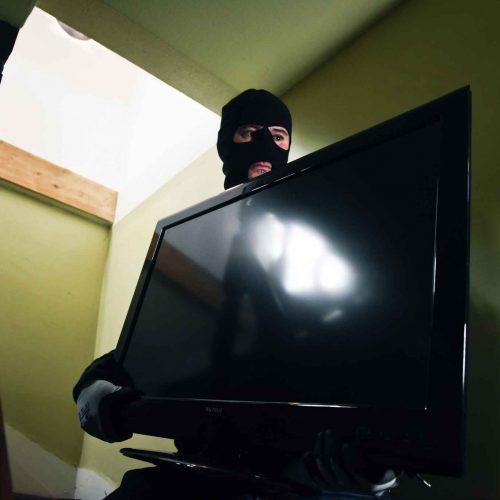 REGIÃO:  Polícia Militar recupera 198 TVs após assalto com reféns