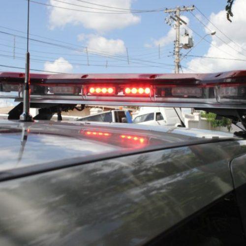 REGIÃO: Carro explode e queima mecânico