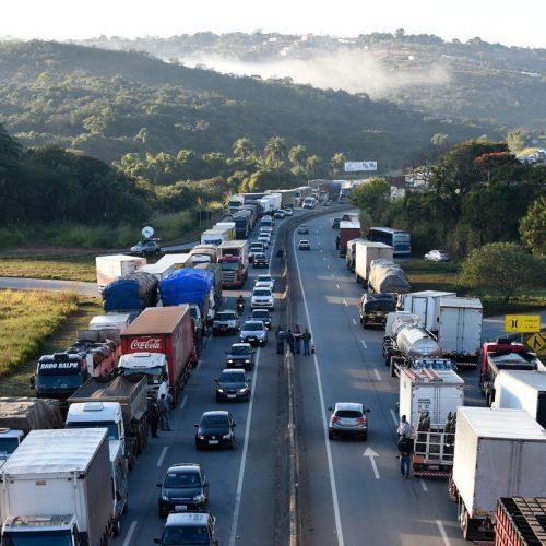 GREVE: Homem morre atropelado durante protesto de caminhoneiros