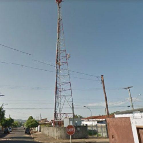 REGIÃO: Eletricista morre ao tentar colocar bandeira do Brasil em torre