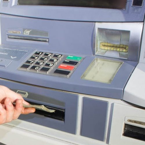 BARRETOS: Aposentado tem movimentação indevida em sua conta e antecipação de seu 13º salário