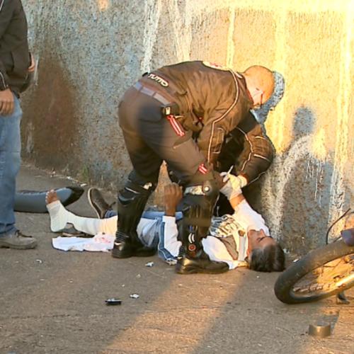 REGIÃO: Motociclista morre e pedestre fica ferido em acidente