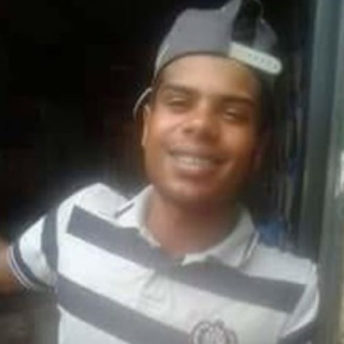 REGIÃO: Jovem é executado com tiros na cabeça na sala de casa