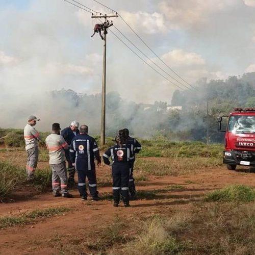 REGIÃO: Homem morre eletrocutado em poste às margens da Rodovia Washington Luís