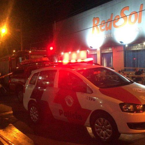 REGIÃO: Homem morre ao ser atingido por carro desgovernado