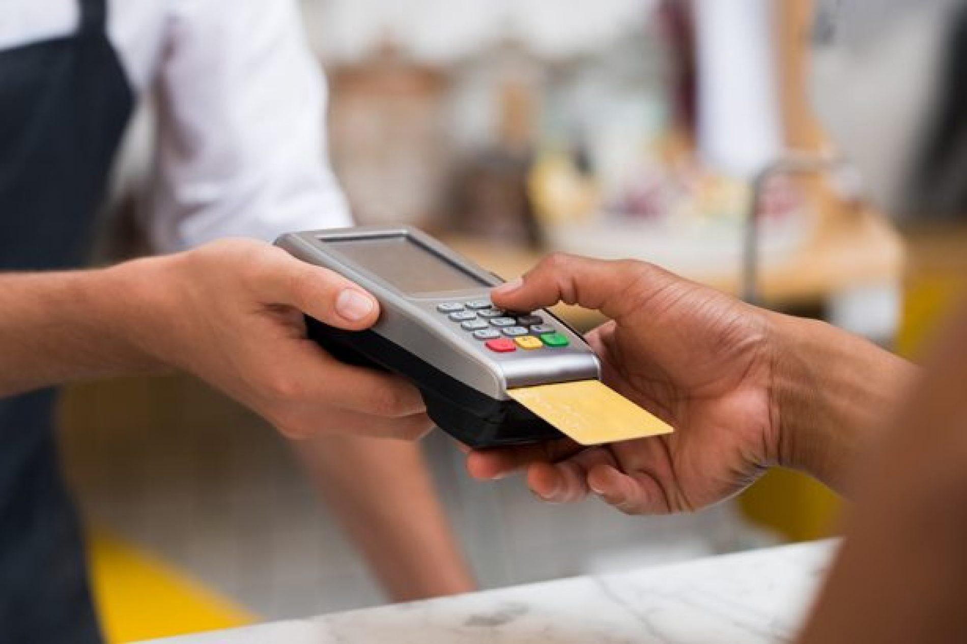BARRETOS: Idosa tem compras indevidas com seu cartão e toma prejuízo de quase 9 mil