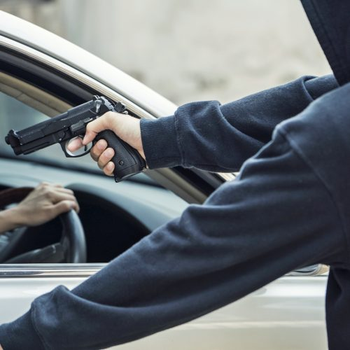 BARRETOS: Professora é roubada por ladrão armado quando saia do banco no centro da cidade