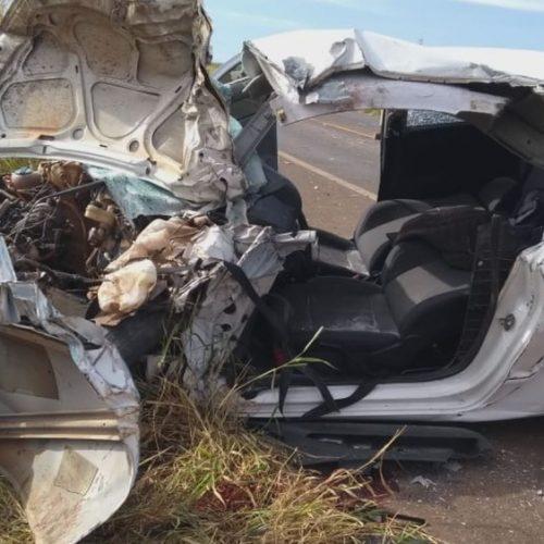 REGIÃO: Colisão entre ônibus e carro deixa 13 feridos