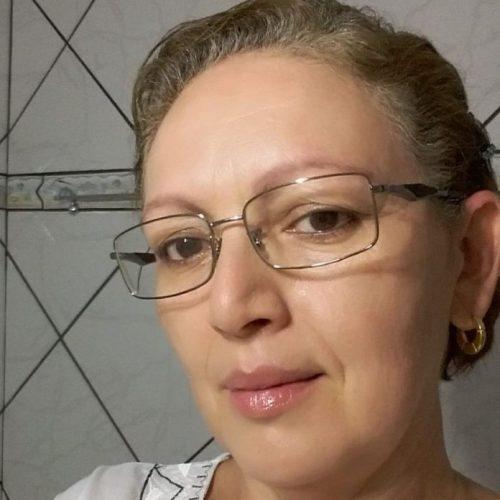 REGIÃO: Reboque de caminhão canavieiro se solta, bate e carro e mata professora universitária