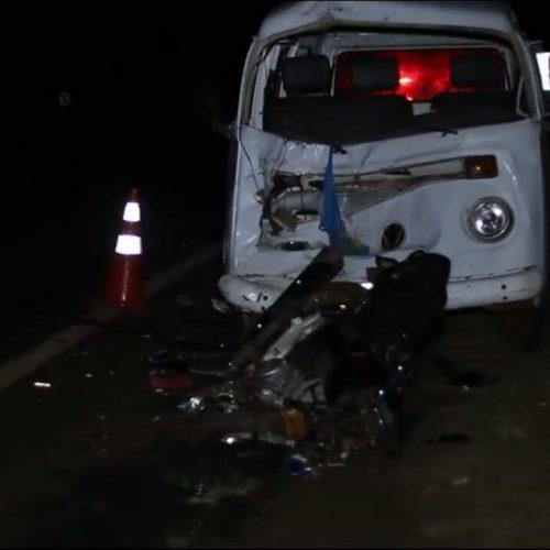 ACIDENTE: Casal morre após colidir moto contra perua kombi na rodovia Viradouro/Bebedouro