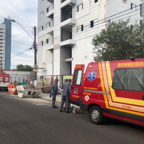 REGIÃO: Operário morre após ser atingido por peça de guindaste